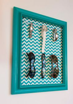 Sunglasses Eyeglasses & Watch Hanging Organizer - Teal Frame