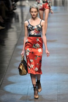 7a10fe42 67 Best Dolce & Gabbana Spring 2010 images | Couture, High fashion ...