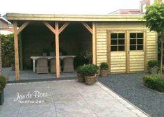 Jan de Boer Tuinhuizen maakt alle tuinhuizen, veranda's, buitenkamers, schuurtjes etc. geheel op maat en naar wens. Vakkundig geplaatst door eigen monteurs.