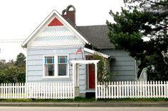 The Wrecktory: cozy Victorian cabin in Long Beach