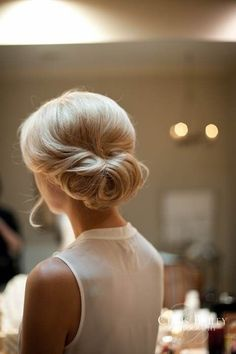 Simple classic wedding hair style.