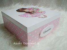 Decoupage casket for girls