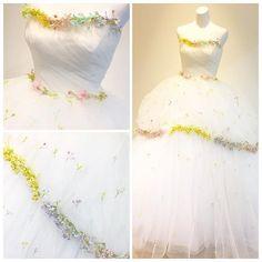 可愛らしいかすみ草ドレス。着た瞬間から笑顔になれる、女の子の好きが詰まったドレスです。  #white #brides #flower  #marryxoxo #かすみ草 #かすみ草ドレス #weddingtbt #weddingparty #結婚 #結婚式 #日本中のプレ花嫁さんと繋がりたい #カラードレス #カクテルドレス #ドレス #ウェルカムスペース #プレ花嫁 #結婚準備 #ドレス試着 #錦屋 #錦屋花嫁 #岡山花嫁 #倉敷花嫁 #ウェディングニュース #ドレス迷子 #2018春婚 #2018冬婚 #2018夏婚 #2018秋婚 #ドレス迷子 #kiyokohatanishikiya.dress