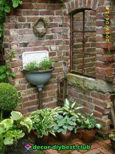 Inspiring outdoor garden wall mirrors ideas 10 - All About Garden Little Gardens, Small Gardens, Outdoor Gardens, Farm Gardens, Indoor Outdoor, Brick Planter, Garden Mirrors, Garden Wall Art, Brick Garden
