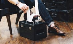 Shoe Shine Box - Pine - Footrest on lid and a lockable compartment for storing Shoe Polish Kit Shoe Shine Box, Professional Shoes, Shoes Stand, How To Store Shoes, Shoe Polish, Mason Jar Candles, Brush Kit, Leather Conditioner, Shoe Box
