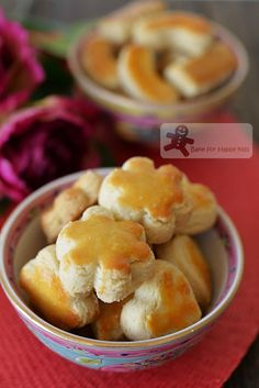 best melt in the mouth Chinese almond cookies