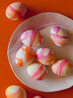"""beautiful watercolor eggs...a bit of a time-intensive diy, but simple enough while catching up on some shows (the egg """"salad"""" sandwich at the bottom of the tutorial is also amazing!) {via spoon fork bacon}"""