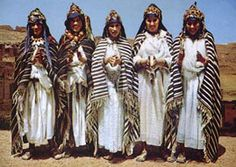 Berber Tribe of Morocco | Berber women of the Ait Hadidou tribe. Imilchil