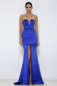 ABYSS BY ABBY MILAN GOWN The Goddess Collection Available in other colours Comes with detachable halter straps Invisible back zipper Model is wearing size XS an is 5'7 Lined Padded on the bust Designed and Made in Australia FREE UK Delivery