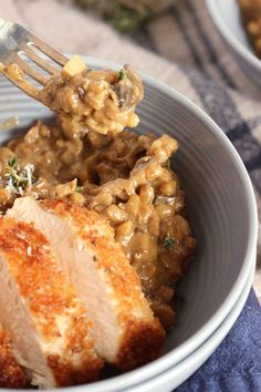 Hearty, winter comfort food that won't add inches to your waistline.  Packed with protein and fiber, this Mushroom Farro Risotto is creamy and dreamy. | @suburbansoapbox #VillageHarvestInspired @villageharvest