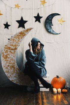 Make Your Own Halloween Party Backdrop | Free People Blog #freepeople:
