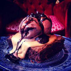 Chocolate Mud pie with Ice cream. Mud Pie, Chocolate Lovers, Brownies, Ice Cream, Sugar, Drinks, Desserts, Food, Cake Brownies