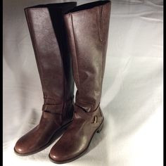 NWT Kenneth Cole Reaction boots Such beautiful brown boots by Kenneth Cole Reaction. Pictures speak a thousand words. Price is firm, no offers please. Kenneth Cole Reaction Shoes Heeled Boots