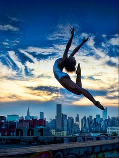 Alvin Ailey American Dance Theater was founded in 1958 by dancer, choreographer and visionary Alvin Ailey, to bring African-Amer Alvin Ailey, Dance Photos, Dance Pictures, Ballet Pictures, Tango, The Dancer, Dance Like No One Is Watching, Dance Movement, Lets Dance