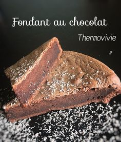 Fondant au chocolat au thermomix (recette de Cyril Lignac) Dessert Thermomix, Cooking Chef, Fondant Cakes, Chocolate Desserts, Mousse, Cake Recipes, Caramel, Food And Drink, Yummy Food