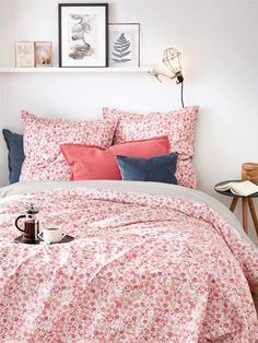 Parures de lit : le pouvoir des fleurs - Plumetis Magazine
