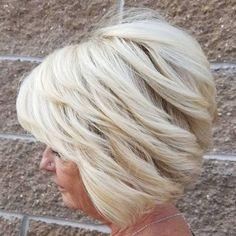 Really modern short hairstyles for older women - Neue Frisuren Short Hairstyles Over 50, Modern Hairstyles, Short Hairstyles For Women, Cool Hairstyles, Gorgeous Hairstyles, Ladies Hairstyles, Hairstyles Videos, Blonde Hairstyles, Hairstyles Haircuts