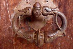 This is a doorknocker at the historical Kloster St Georgen, in Stein am Rhein in Switzerland.