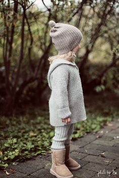 Little girl fall fashion style