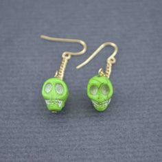 http://www.bijouxdecamille.com/4969-thickbox/boucles-d-oreilles-skull-en-turquoise-et-metal.jpg