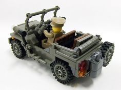 Lego Jeep. Omg this is awesome.
