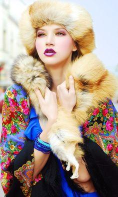 павлопосадские русские платки в современной моде