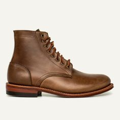Oak Street Bootmakers designs and produces handcrafted shoes and boots in the USA. Me Too Shoes, Men's Shoes, Dress Shoes, Dress With Boots, Jeans And Boots, Brown Boots, Black Boots, Oak Street, Goodyear Welt