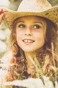 portrait Cowboy Hats, Portrait, Photography, Fashion, Moda, Photograph, Headshot Photography, Fashion Styles, Fotografie