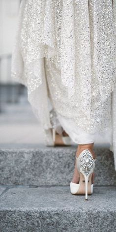 Sequined Sarah Seven Wedding Dress | Anna Delores Photography