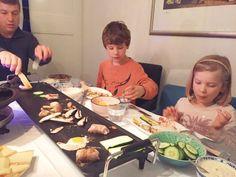 Gourmet ideeën: bijgerechten & tips gourmetten met kerst made by ellen Fondue, Wok, Menu, Dishes, Cooking, Recipes, Parties, Menu Board Design, Kitchen