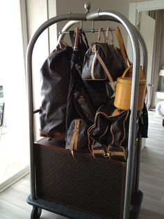 So much LV luggages <3