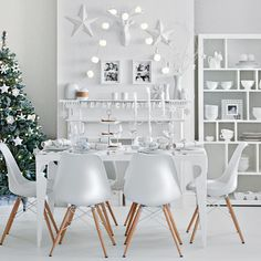 Winter white festive dining room | Christmas decorating ideas | Ideal Home | Housetohome.co.uk