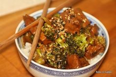 Brokkoli-Sesam-Huhn im Crocky / Broccoli-sesame-chicken slowcooker