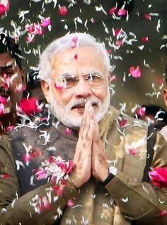 प्रधानमंत्रीजी को दीपावली का छोटा सा शब्द उपहार, Narendra Modi जीवन जिनका अमृत, वर्ताव चन्दन सा शीतल, वाणी जिनकी विणा जैसी मधुर, कर्म जिनके बहोत प्रभावक, दुश्मन भी बन गया उनका चाहक, जीते जीवन कठोर, सिर्फ देते नहीं भाषण, जैसी वाणी ऐसा वर्तन, देशवासियो के लिए रहनुमा, दुश्मन के लिए कालो के काल, धन्य भारत भुमी ऐसे प्रधानसेवक मिले, धन्य हे हम जो मोदीकाल में जन्म मिला, विकास जिनका जीवन मन्त्र, गरीब किसान की भलाई उदेश्य, देश सेवा परमोधर्म, हर पिछड़ा दलित आगे आये, गरीबी भाग जाये, भुखमरी कही नज़र ना…
