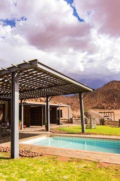 Greenfire Desert Lodge is 'n gerieflike lodge in 'n privaat wildernisreservaat van 20 000 hektaar langs die Namibrand Natuurreservaat in die suide van Namibië. Die lodge is 150 km suid van Sossusvlei en is die ideale blyplek vir gaste wat toer of kleiner groepe. Die Desert Lodge bied unieke wildkykgeleenthede en gerieflike verblyf terwyl dit 'n lekker oorstopplek tussen Sossusvlei se duine en besienswaardighede soos die Visriviercanyon en Lüderitz in die suide is. Hula, Pergola, Deserts, Outdoor Structures, Outdoor Pergola, Postres, Dessert, Plated Desserts, Desserts