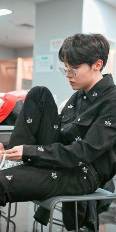 Hoseok Bts, Bts Bangtan Boy, Bts Taehyung, Bts Jungkook, Foto Bts, Bts Video, Foto E Video, J Hope Twitter, Theme Bts