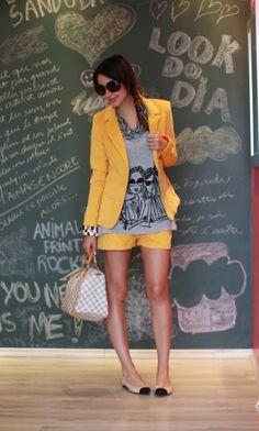 look: conjuntinho amarelo