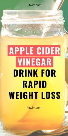 What are the health benefits of apple cider vinegar? Here are 7 best benefits and uses of apple cider vinegar that you didn't know about. Natural Sleep Remedies, Cold Home Remedies, Cough Remedies, Natural Cures, Holistic Remedies, Homeopathic Remedies, Apple Cider Vinegar Benefits, Apple Health Benefits, Low Carb Diets