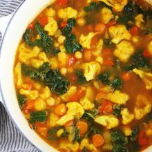 Sweet Potato Roasted Corn Chowder - Two Peas & Their Pod Vegetable Soup Healthy, Vegetable Soup Recipes, Baked Potato Soup, Sweet Potato Soup, Corn Chowder Soup, Roasted Corn, Roasted Cauliflower, Colorful Vegetables, Veggies