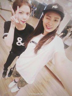 Afterschool - Kaeun & Nana (cr: to owner) Kpop Girl Groups, Kpop Girls, Call Orange, Orange Caramel, Park Sooyoung, Pledis Entertainment, After School, Red And Blue, Rapper