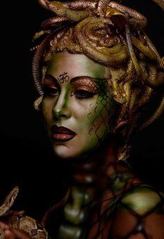Framed Print Medusa (Picture Poster Head of Snakes Ancient Greek Mythology) Fotos und Gifs die ich mag