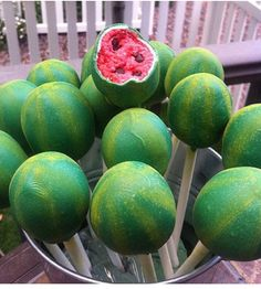 Watermelon cakepop