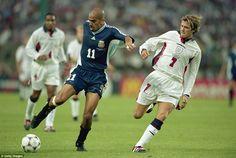 Juan Sebastian Veron v David Beckham - Argentina v England - 1998 World Cup 1998 World Cup, Fifa World Cup, Good Soccer Players, Football Players, David Beckham, Classic Football Shirts, England Football, Sport Icon, Best Player