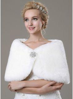 Faux Fur Fashion Shawl (013100933) - JJsHouse