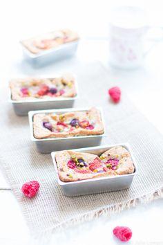 mini gâteaux aux fruits dété grué de cacaO et huile dolive