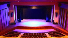 El Teatro: Una historia que se representa a un público Home Decor, Staging, Theater, Parts Of The Mass, Interior Design, Home Interior Design, Home Decoration, Decoration Home, Interior Decorating