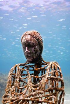 Photos – Underwater sculpture in Grenada Park, in Honor of African Ancestor Under The Water, Under The Sea, Underwater Sculpture, Underwater City, Lion Sculpture, Sunken City, Deep Blue Sea, Image Of The Day, Am Meer