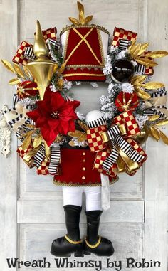 23 Clever DIY Christmas Decoration Ideas By Crafty Panda All Things Christmas, Christmas Time, Christmas Crafts, Xmas, Christmas Ornaments, Handmade Christmas, Christmas Ideas, Nutcracker Decor, Nutcracker Soldier