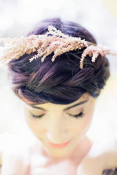 Take a look at this stunning, natural bridal inspiration shoot by Reverie Supply - simply steeped in romance. Bridal Hair Updo, Hairstyle Wedding, Updo Hairstyle, Crown Hairstyles, Bride Hairstyles, Boutonnieres, Bridal Hair Inspiration, Astilbe, Trending Haircuts