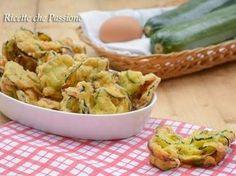 Frittelle di zucchine ricetta calabrese - Fritte non Unte - Ricette che Passione - YouTube